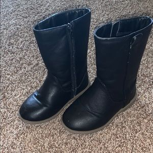 Old navy boots toddler size 8